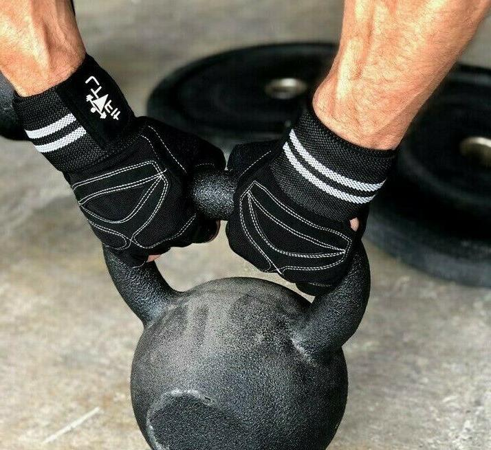 Women/Men With Wrist Wrap Lifting